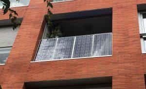 Panel solar ALLPOWERS 12V 18V 100W de SunPower Terraza vivienda fachada